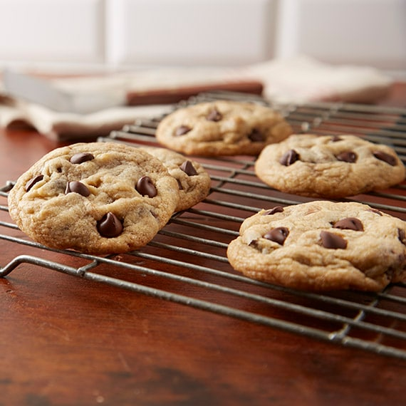 Chipits Perfect Chocolate Chip Cookies Recipe Hershey S Kitchens