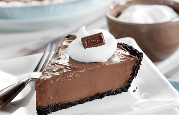 HERSHEY'S | Creamy Milk Chocolate Pudding Pie