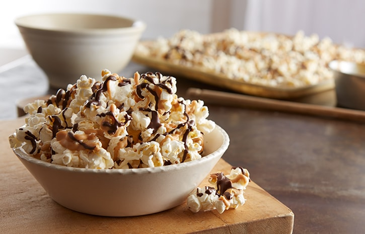 Popcorn Drizzled with Chocolate
