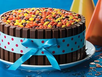 Marvelous Kit Kat Birthday Cake Recipe Hersheys Kitchens Birthday Cards Printable Opercafe Filternl