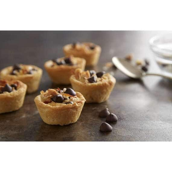 Chip And Macadamia Nut Cookie Cups
