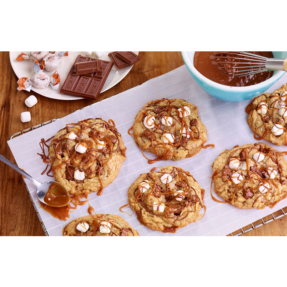 HERSHEY'S S'mores Cookies with Caramel Drizzle